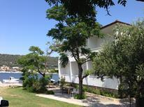 Appartamento 778406 per 3 persone in Supetarska Draga