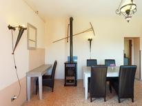 Appartement 779092 voor 4 personen in Poffabro