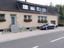 Ferienwohnung 793318 für 4 Personen in Niederehe