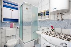 Ferienwohnung 793619 für 6 Personen in Makarska