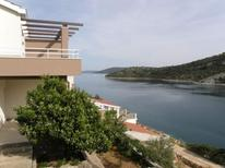 Holiday apartment 793635 for 5 persons in Vinisce