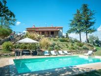 Casa de vacaciones 794615 para 8 personas en Montalcino