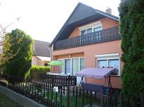 Ferienwohnung 795984 für 7 Personen in Balatonfenyves