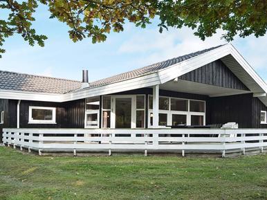 Ferienhaus 797877 für 8 Personen in Fjellerup Strand