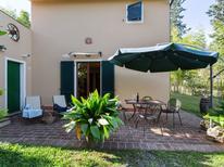 Ferienwohnung 800757 für 4 Personen in Ville di Corsano