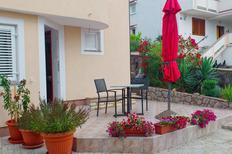 Appartement 801237 voor 3 personen in Čižići