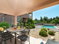 Appartement de vacances 801520 pour 4 personnes , Rovanjska