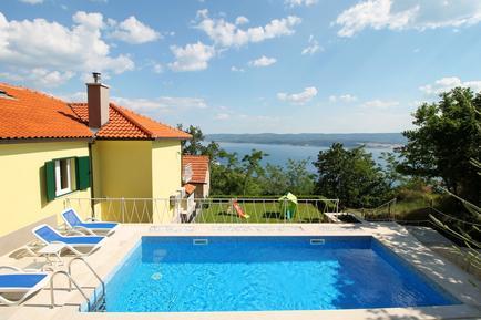 Casa de vacaciones 802786 para 11 personas en Omiš