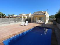 Vakantiehuis 804352 voor 6 personen in Deltebre