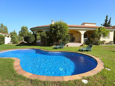 Holiday home 804353 for 8 persons in Deltebre