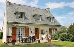 Ferienhaus 807341 für 8 Personen in Ploneour-Lanvern