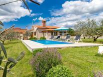 Villa 811795 per 5 persone in Grandici
