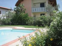 Holiday apartment 812409 for 5 persons in Lazise
