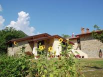 Ferienhaus 813822 für 2 Personen in Lizzano in Belvedere