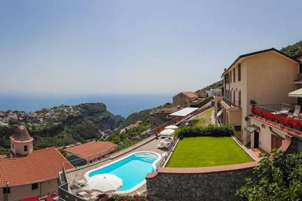 Holiday apartment 815319 for 3 adults + 1 child in Scala