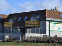 Ferienwohnung 819670 für 4 Personen in De Koog