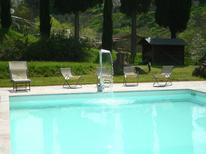 Villa 833025 per 8 persone in Armaiolo