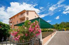 Holiday apartment 833402 for 5 persons in Radici