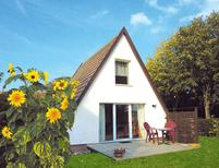 Holiday home 833904 for 4 persons in Börgerende-Rethwisch