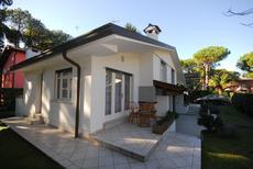 Ferienhaus 835484 für 5 Personen in Lignano Pineta