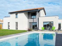 Holiday apartment 836318 for 4 persons in Saint-Gilles-Croix-de-Vie