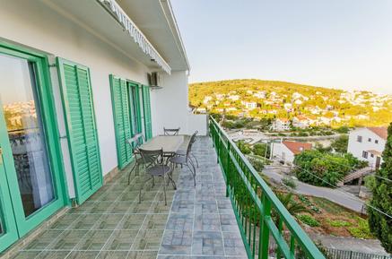 Appartement de vacances 836384 pour 6 personnes , Okrug Gornji