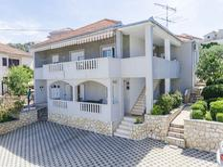 Ferienwohnung 836394 für 4 Personen in Trogir
