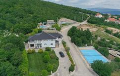 Ferienhaus 839759 für 14 Personen in Podbablje Gornje