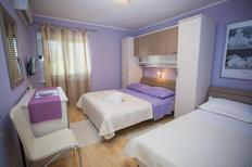 Holiday apartment 840355 for 6 persons in Makarska