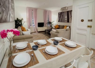 Appartement 841735 voor 9 personen in Barcelona-Les Corts