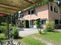 Maison de vacances 847144 pour 11 personnes , Forte dei Marmi