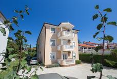 Appartement 848351 voor 4 personen in Medulin