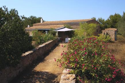 Semesterhus 854269 för 8 personer i Sant Ferran de ses Roques