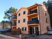 Appartamento 858232 per 6 persone in Klimno