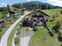 Appartement 858686 voor 8 personen in Hopfgarten im Brixental