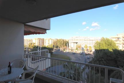 Holiday apartment 859102 for 4 persons in Salou