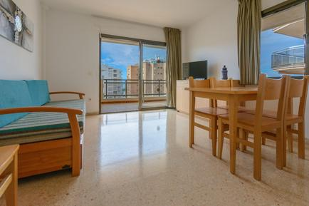 Holiday apartment 859119 for 4 persons in Salou