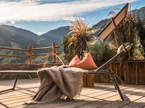 Ferienwohnung 859596 für 16 Personen in Ramsau im Zillertal