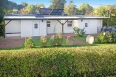 Vakantiehuis 861642 voor 4 volwassenen + 1 kind in Zislow