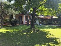 Ferienhaus 863498 für 6 Personen in Forte dei Marmi