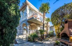 Ferienhaus 865688 für 9 Personen in Ostro