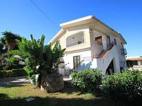 Holiday home 867668 for 10 persons in Syrakus