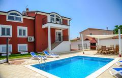 Maison de vacances 869204 pour 10 personnes , Pula
