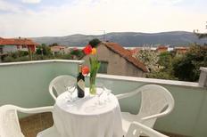Ferienwohnung 869303 für 5 Personen in Poljica bei Trogir