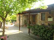 Gemütliches Ferienhaus : Region Chiusdino für 4 Personen