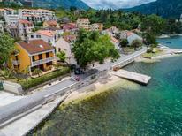 Ferienwohnung 872320 für 5 Personen in Dobrota