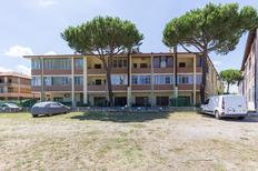 Ferienwohnung 873533 für 5 Personen in Lido degli Estensi
