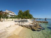 Ferienwohnung 874613 für 4 Personen in Zadar