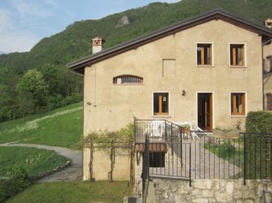 Villa 876069 per 6 adulti + 1 bambino in Posina