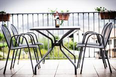 Appartement de vacances 876560 pour 4 personnes , Isola d'Asti